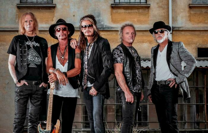 Текст и перевод песни Dream On (Aerosmith), изображение 1